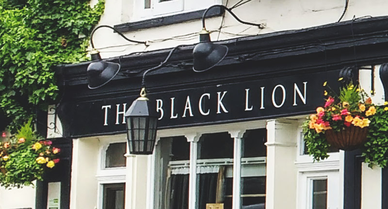 the-black-lion-haunted-london-pubs