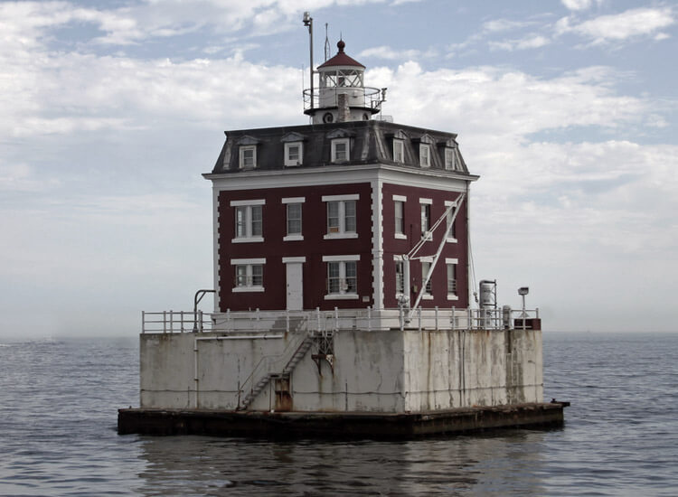 ledge lighthouse most haunted places