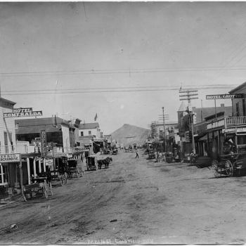 Goldfield_Hotel_Mining_Town